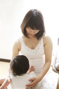 momo's Aroma room 京都のリンパマッサージ & 子連れで行けるアロマサロン-マタニティアロマ